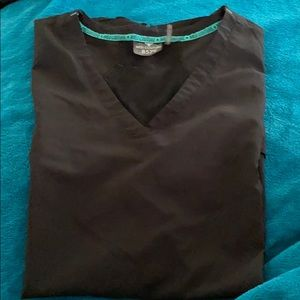Med Couture XL scrub top